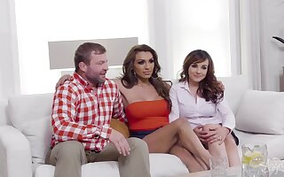 Cytherea & Jessy Dubai & Colby Jansen & Natalie Mars in The Family Friend with Benefits: Part 1 - TransAngels